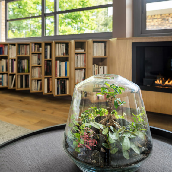 Réalisation d'une bibliothèque sur-mesure pour une maison à Mérignac